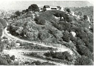 Hilltop driveway historic